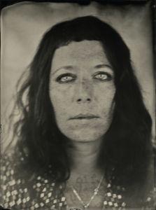 Léa Nahon — Les Derniers Trappeurs, tatoueurs à Paris