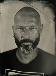Paco Fisherman — Les Derniers Trappeurs, tatoueurs à Paris